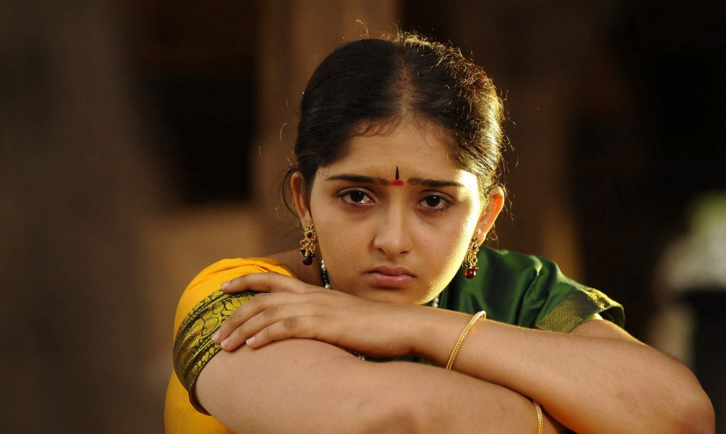 Actress-sanusha