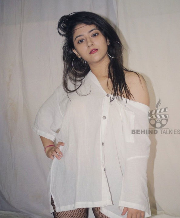 Actress-shriya-sharma