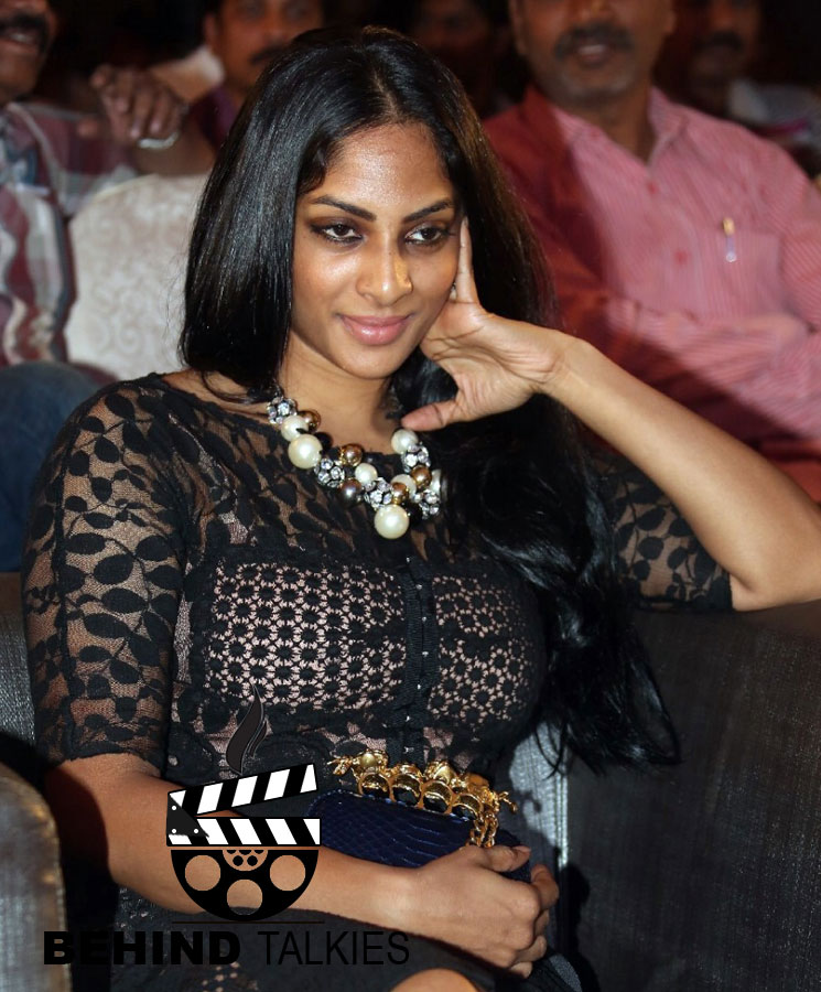 Actress-sriya-redy