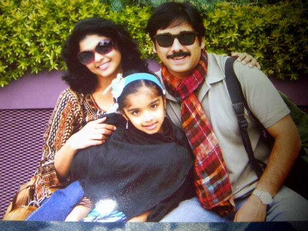 actor-vineeth-family