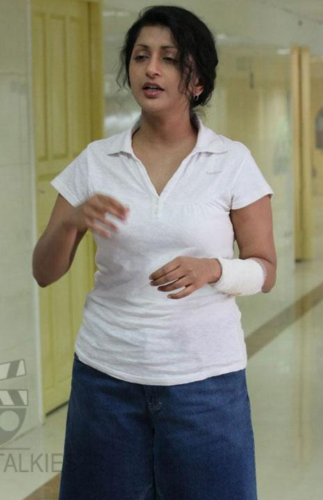 actress-Meera_Jasmine