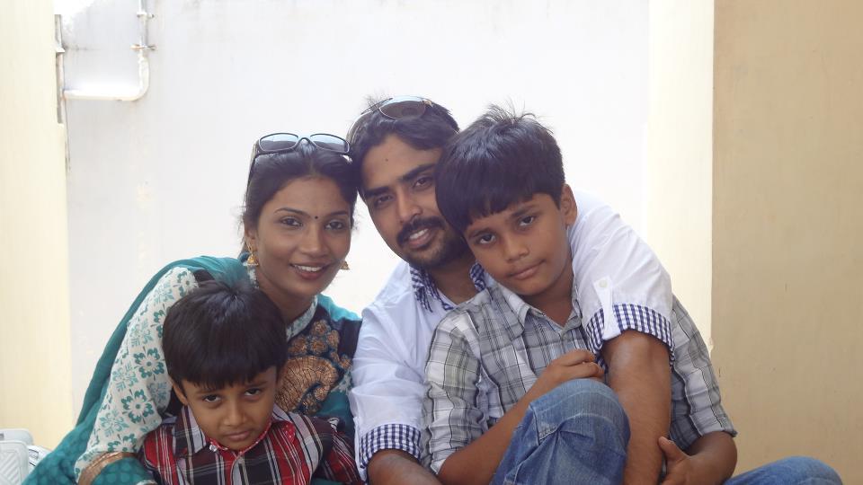 actor-dhanush-elder-sisters-vimala-geetha