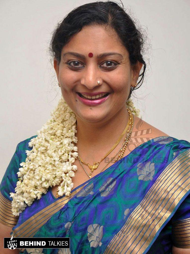 actress-deepa