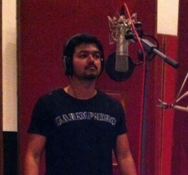 thalapathy singing
