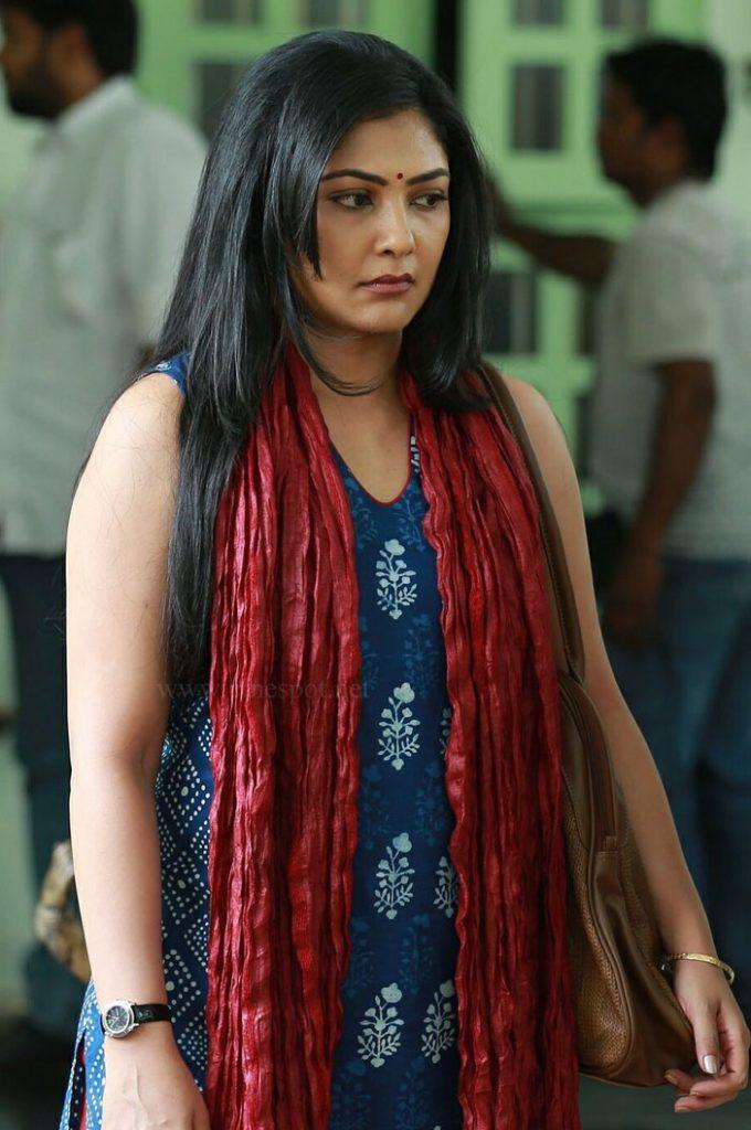 Actress--Kamalinee-Mukherjee
