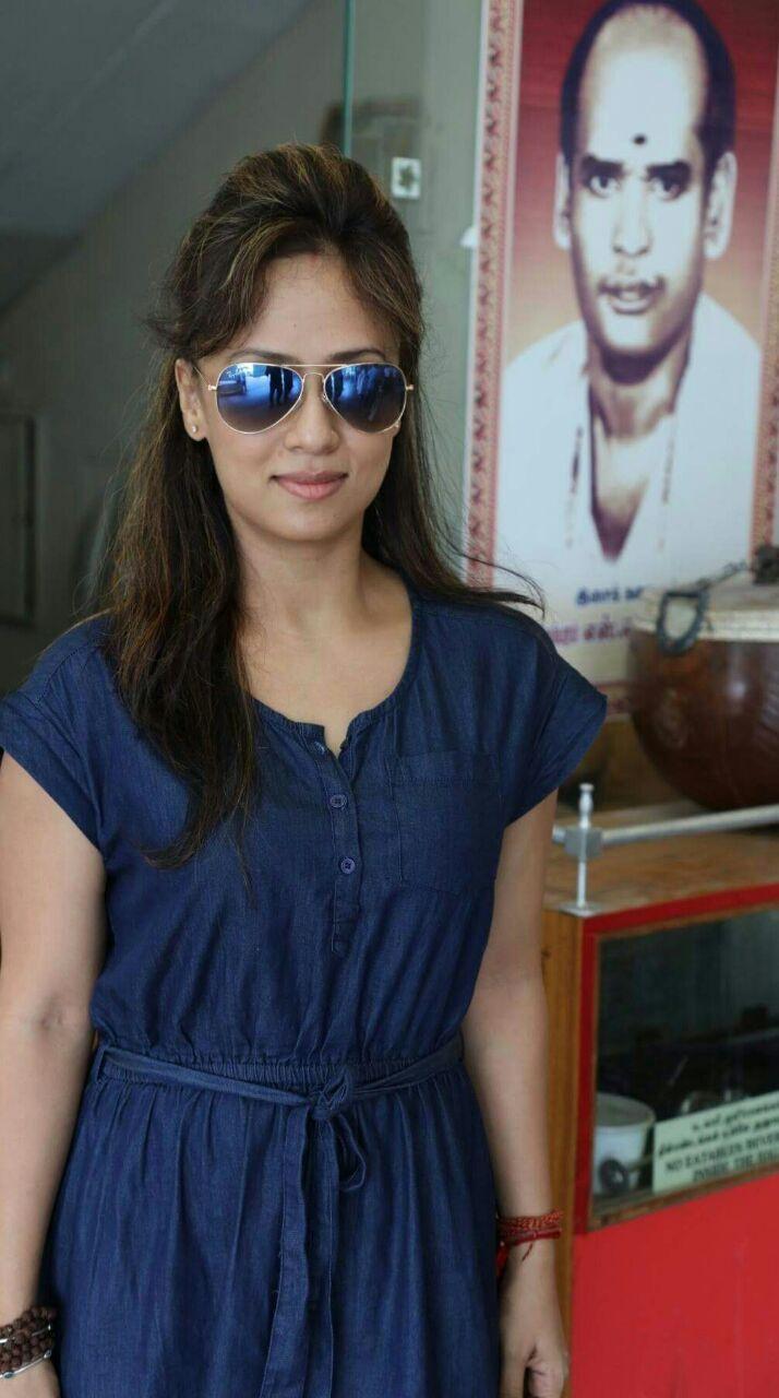Actress maanu
