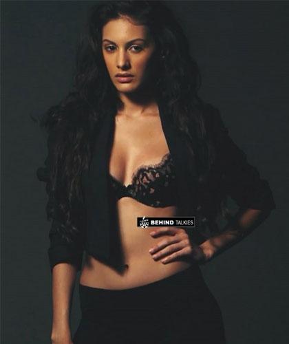 Amrya-actress