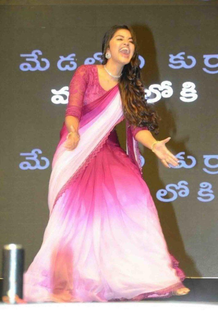 actress anupama