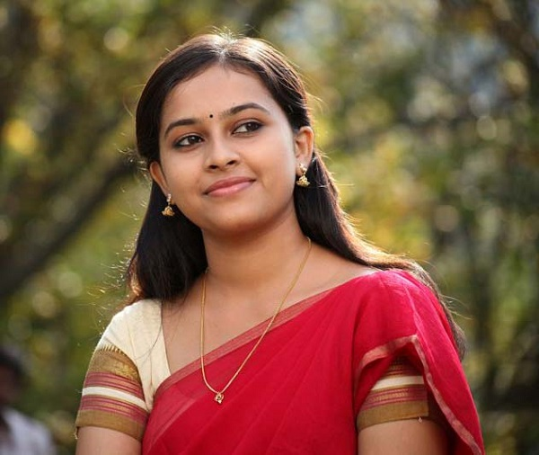 sri divya Actress