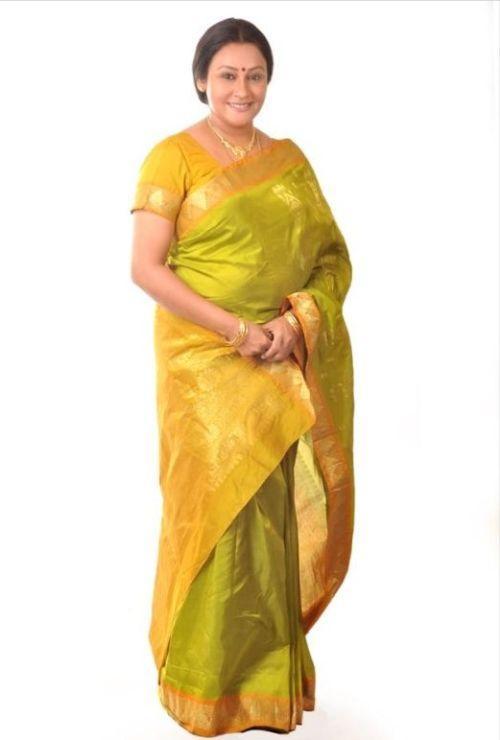 actress priya