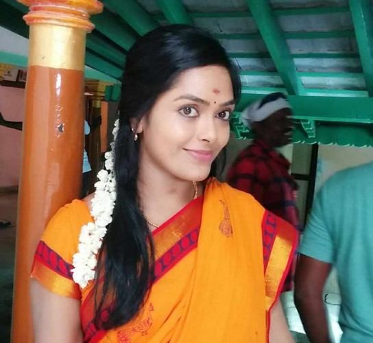 Actress jayalakshmi