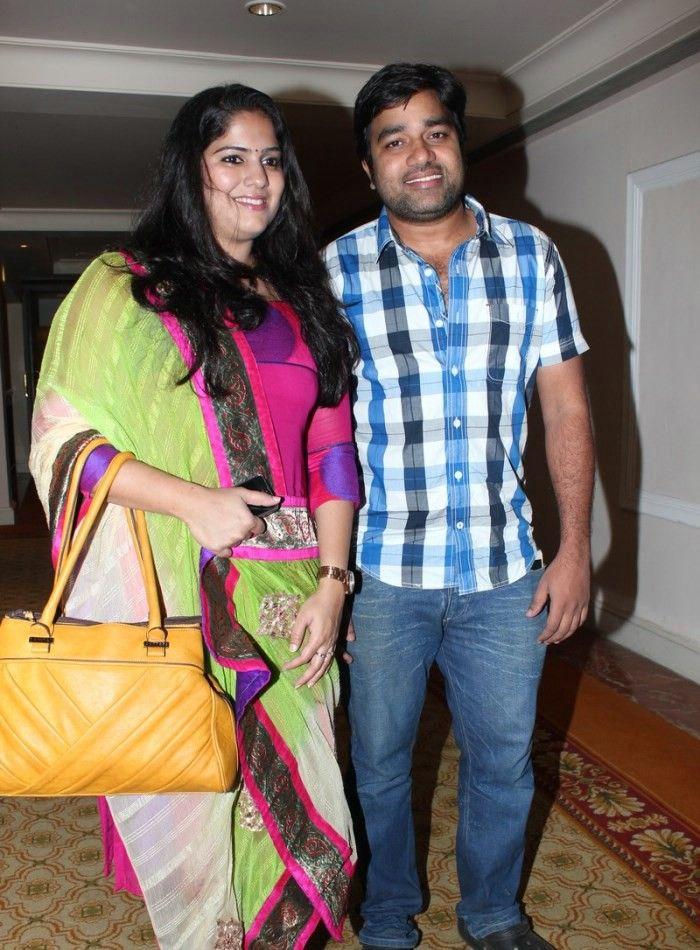Mirchi-Shiva-Wife-Priya