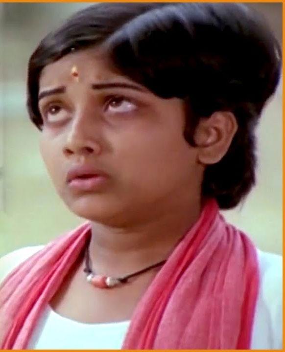 Actress thulasi