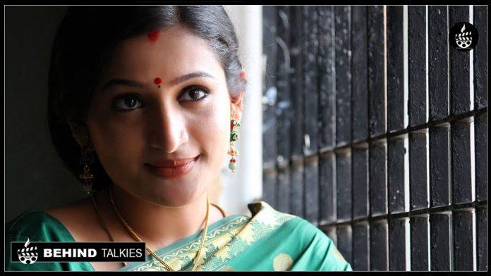 Actress-Santhosi
