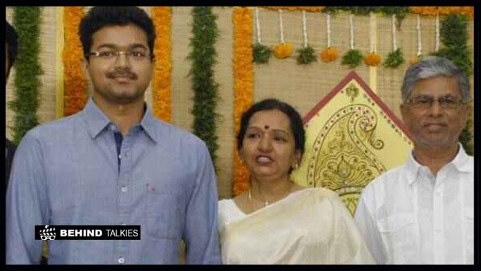 vijay-parents
